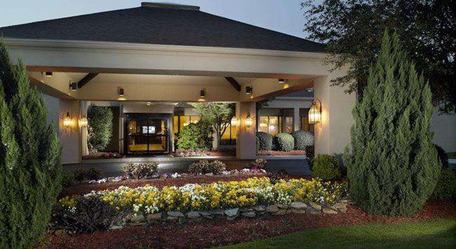 酒店大厅庭院式风格装修