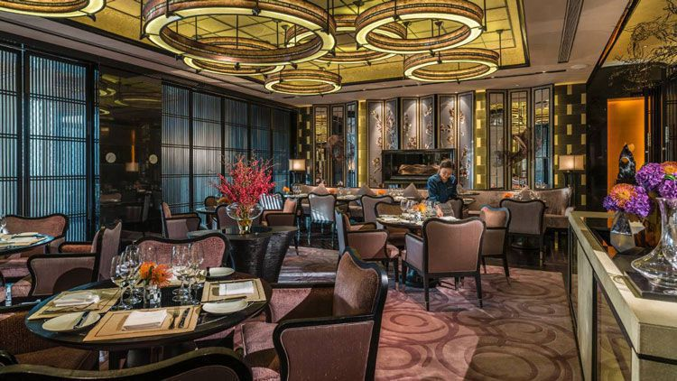 酒店餐厅装饰布局