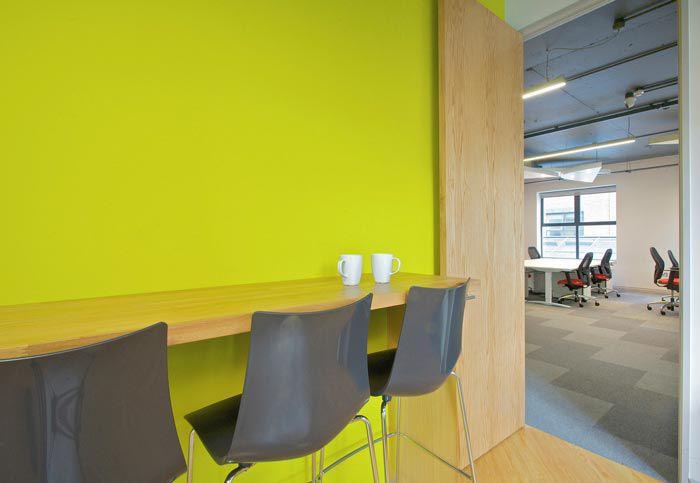 科技类型办公室装修茶水台