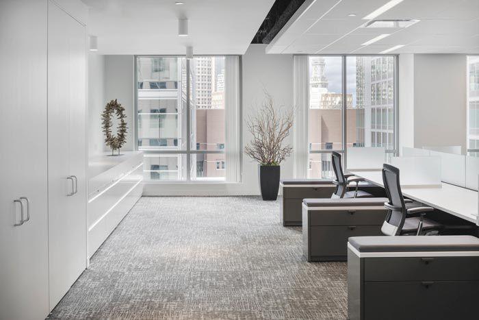 成都金融投资公司装修办公空间