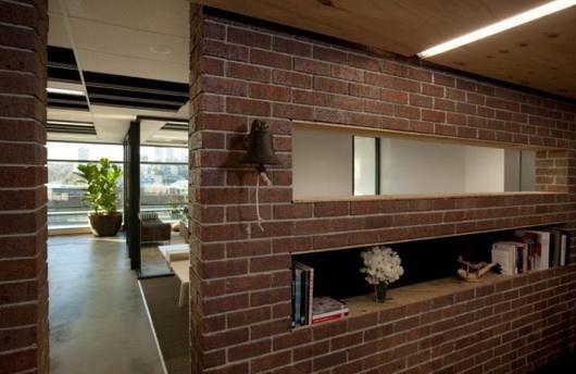 成都办公室隔断装修砖墙设计