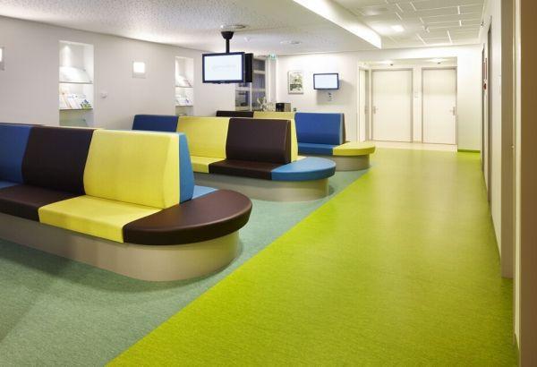 办公室装修地面铺装什么材料好?