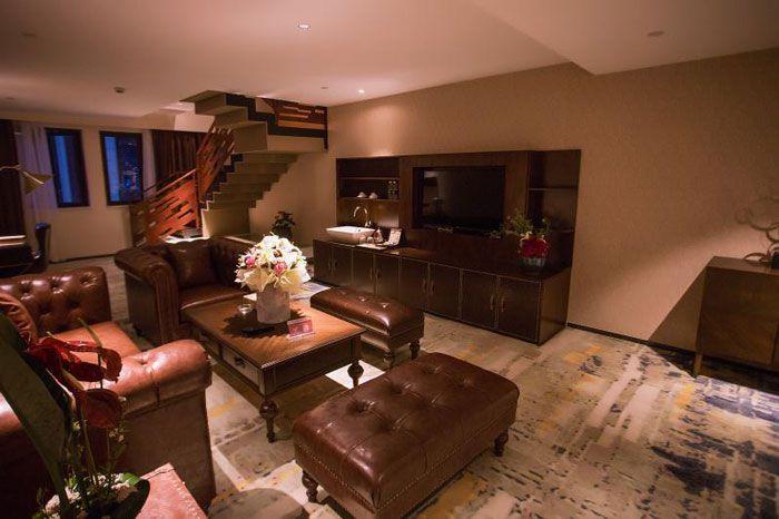 成都设计装修酒店套房客厅