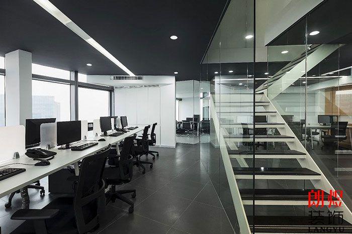 LOFT办公室装修开放式办公