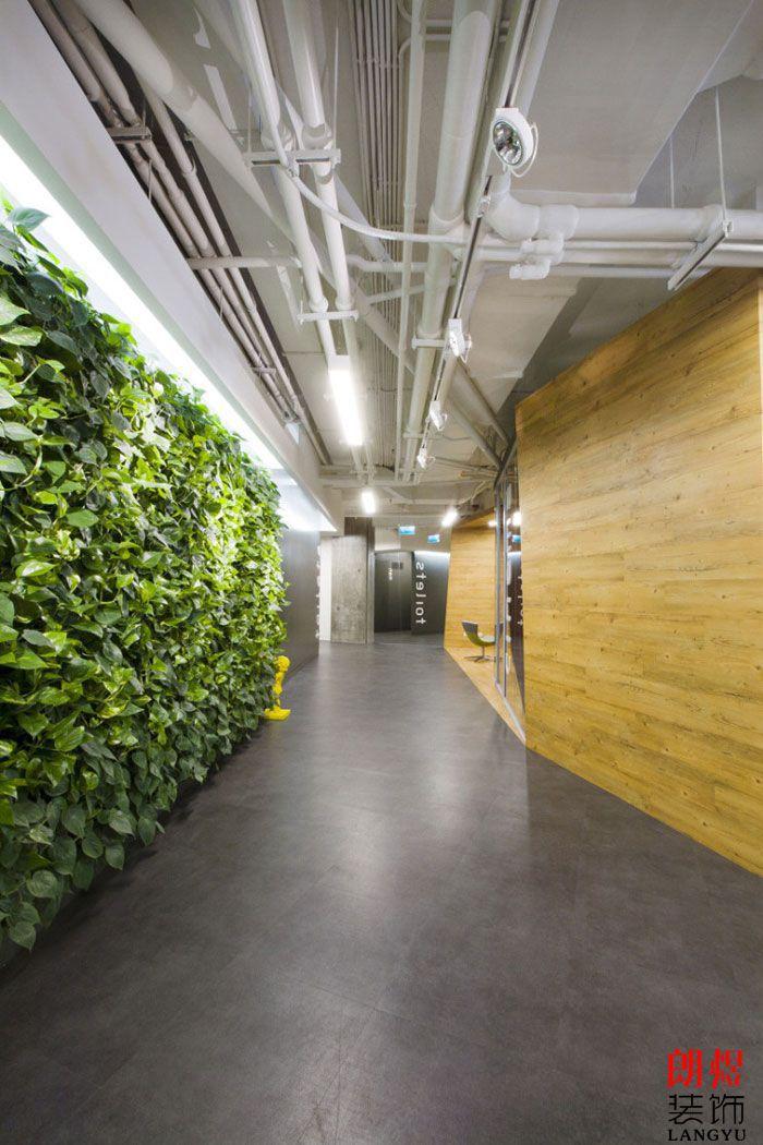 现代环保办公室装修过道走廊