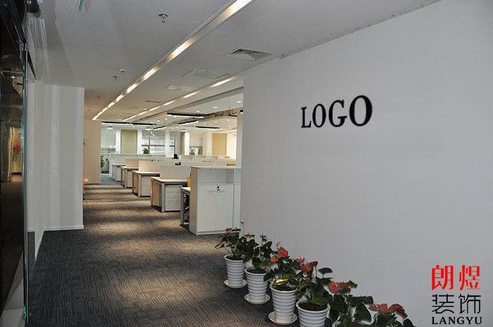 现代简约办公室装修公司入口