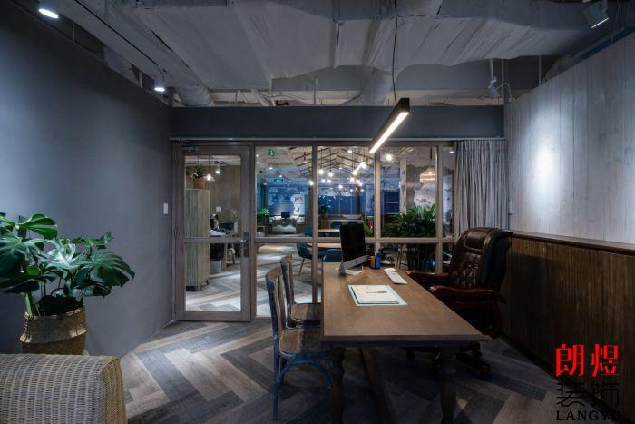 工业风工作室装修独立办公室