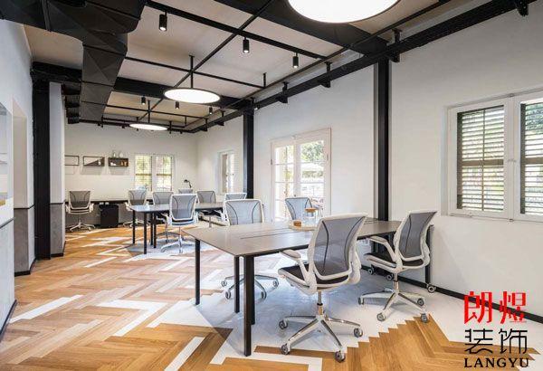 小型办公室装修如何设计布局