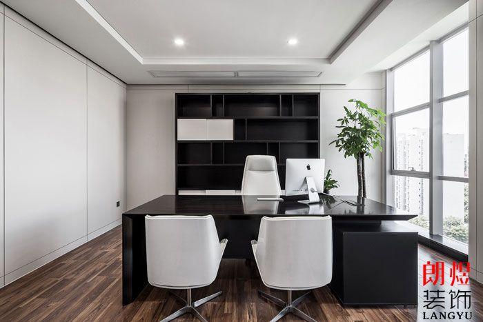 黑白风格办公室设计