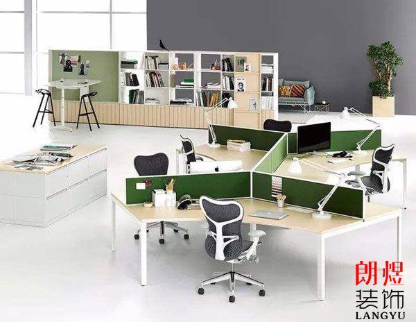 办公室装修中装饰品该如何选择?