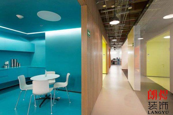 成都办公室装修设计如何选择适合的油漆?