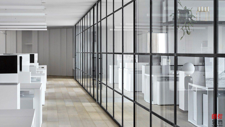 现代极简风格办公室装修案例