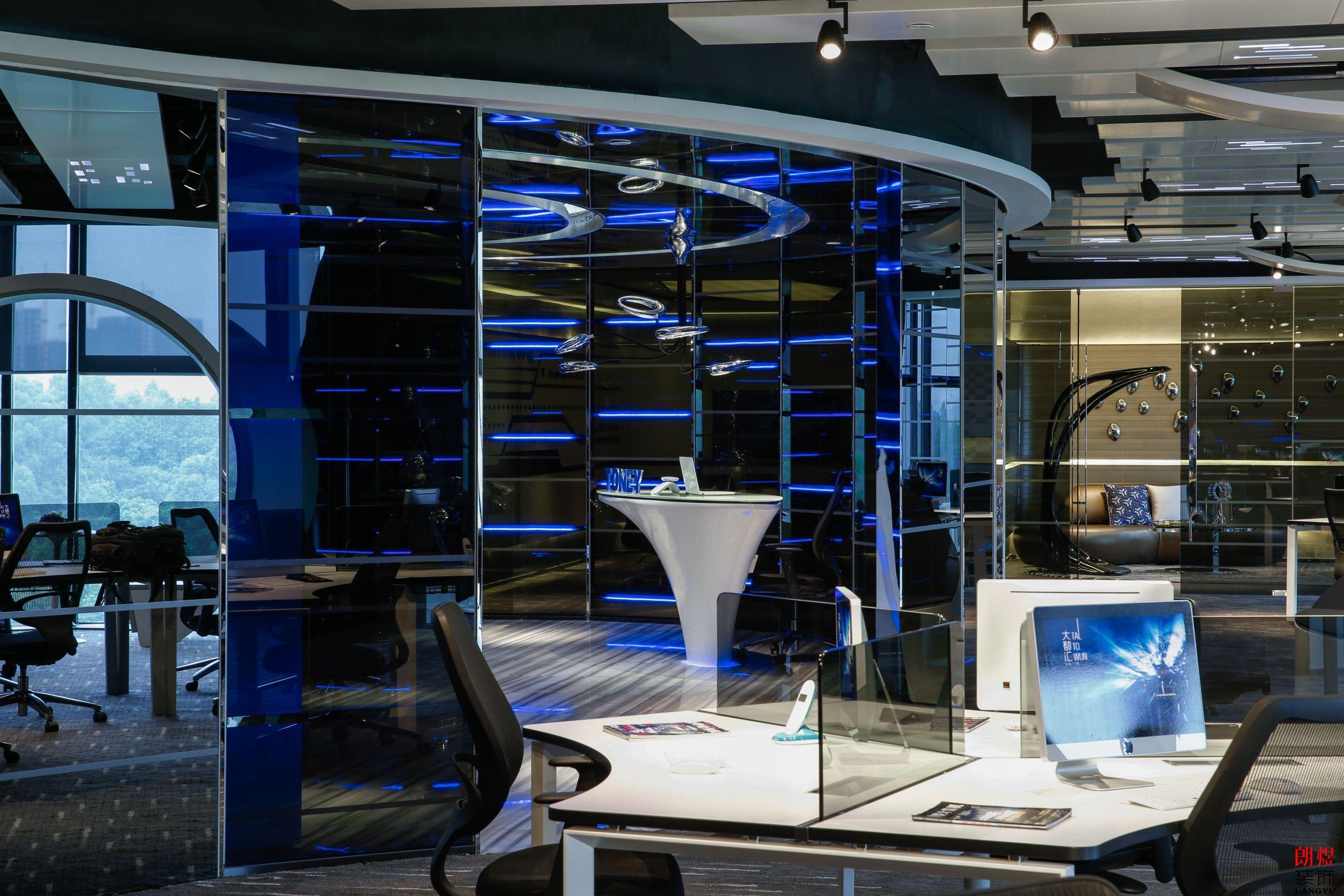 2019科技风办公室装修案例