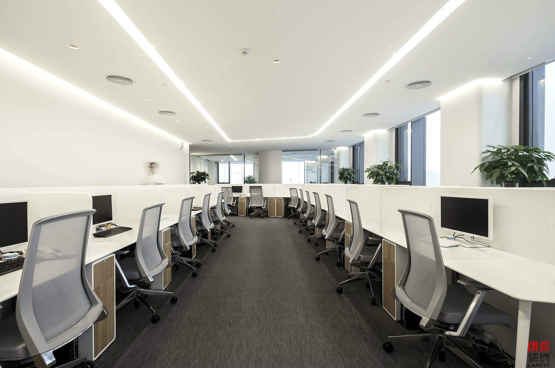 办公室装修设计找设计师还是找公装公司好