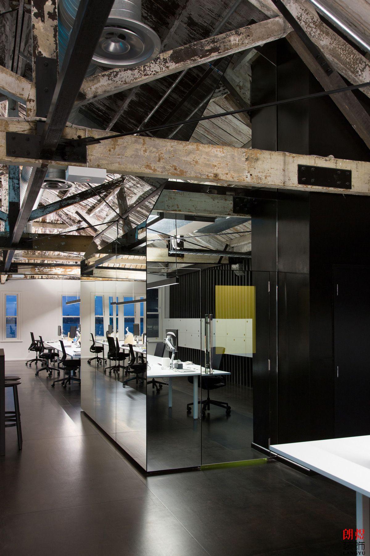 工业风办公室装修案例