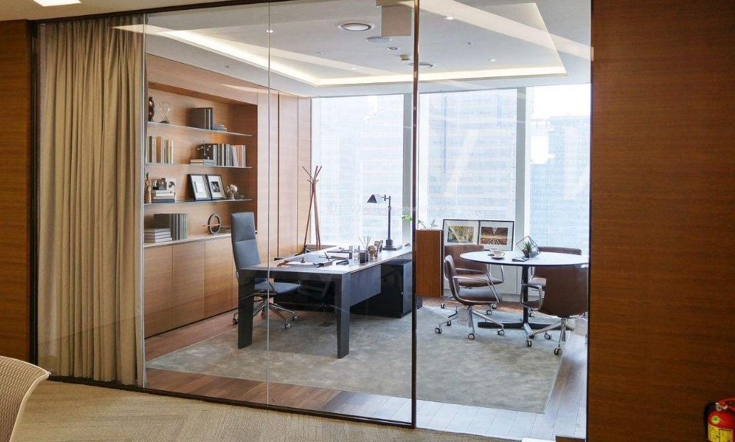 成都简约型设计风格老板办公室装修效果图鉴赏