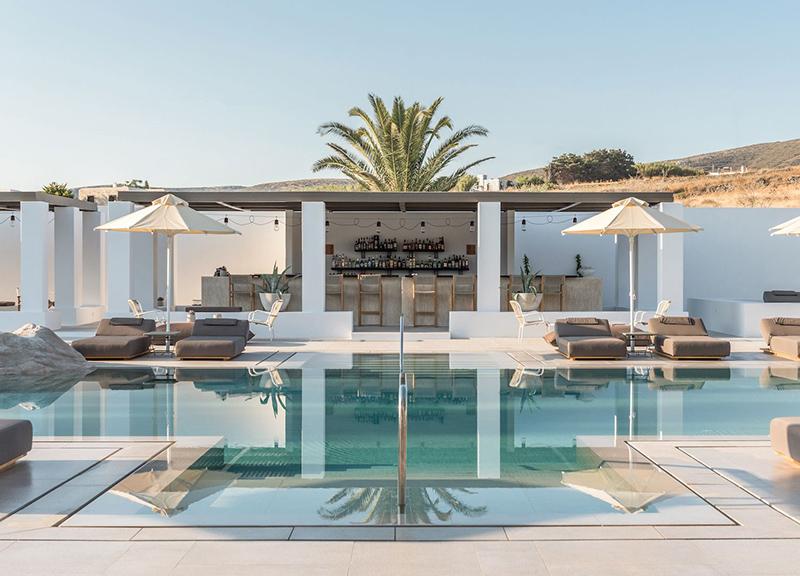 现代轻奢风格酒店户外泳池效果图
