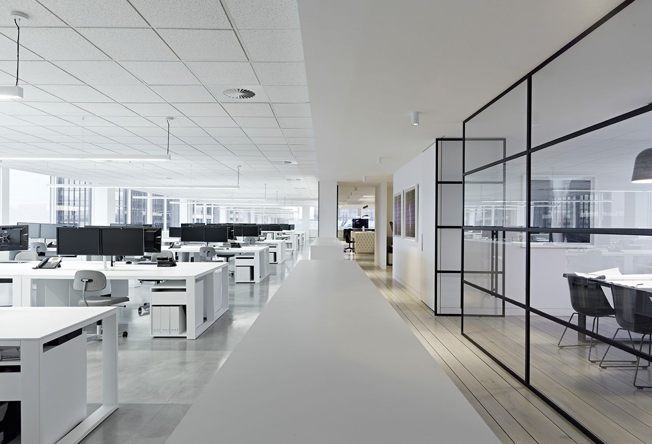 四种超简约办公室装修效果图片